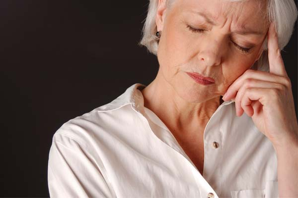 Препараты при климаксе от приливов и потливости: негормональные, гормональные, народные средства